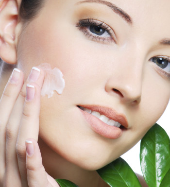 2 Easy Ways to treat Brown Spots, Sun Spots & Melasma