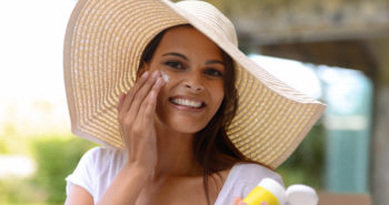 Physical Sunscreen vs Chemical Sunscreens